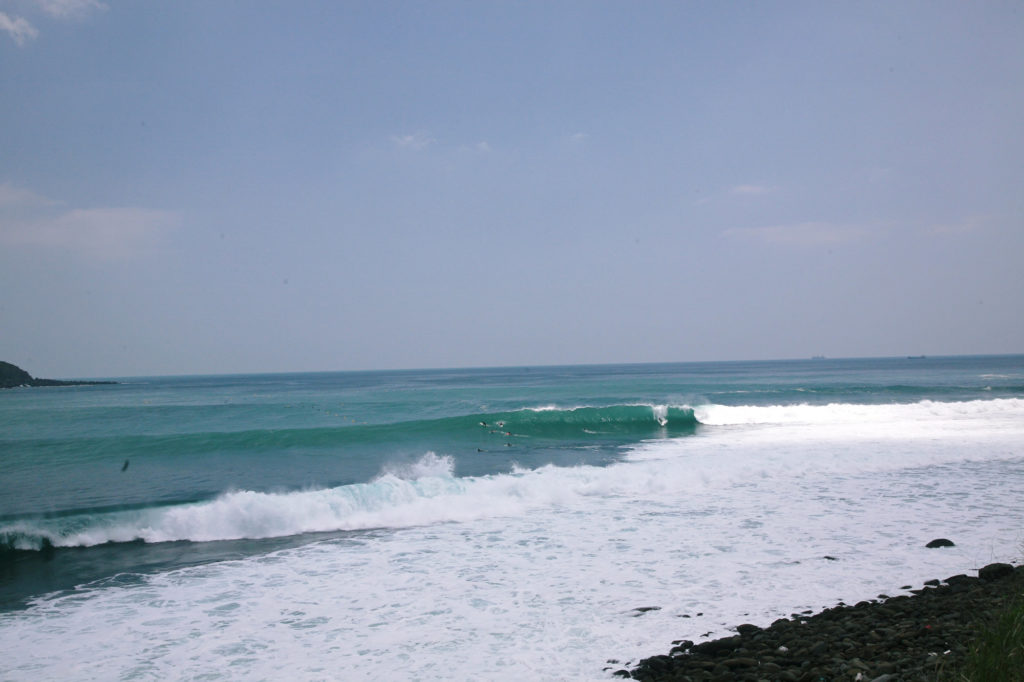 differnt surf spots great variety levels surfing in miyazaki